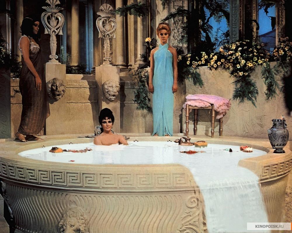 http://st-im.kinopoisk.ru/im/kadr/1/2/0/kinopoisk.ru-Cleopatra-1202479.jpg
