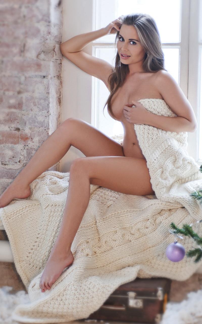 eroticheskie-foto-yuliya-mihalkova-uralskie-pelmeni