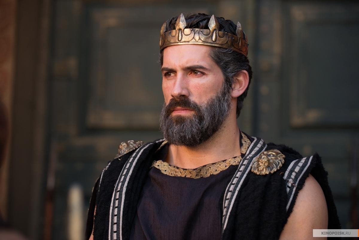 http://st-im.kinopoisk.ru/im/kadr/2/2/9/kinopoisk.ru-The-Legend-of-Hercules-2298008.jpg