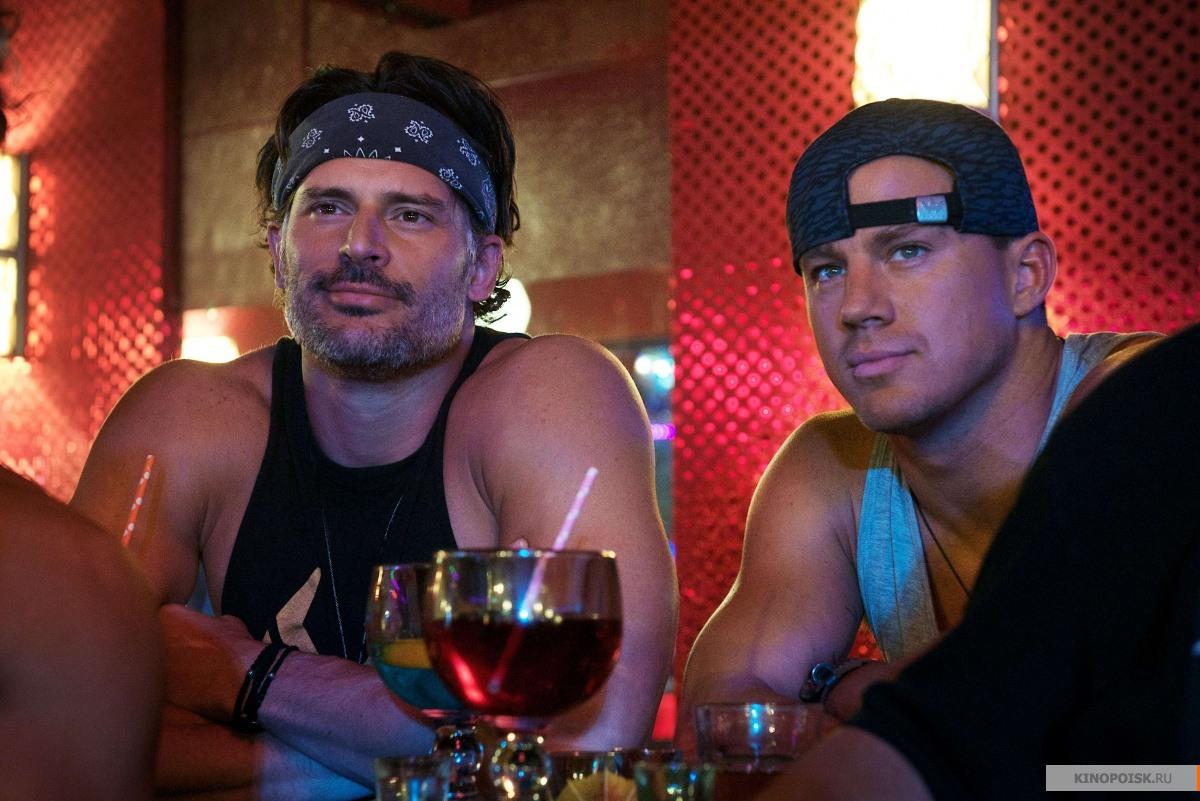 Сношения на вечеринке в клубе онлайн 27 фотография