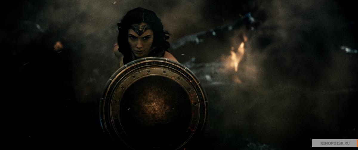 кадр №2 из фильма Бэтмен против Супермена: На заре справедливости (2016)