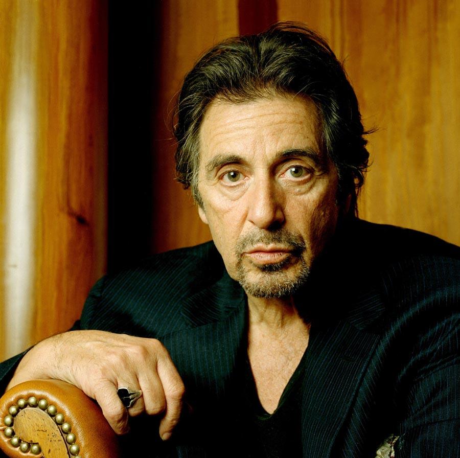 http://st-im.kinopoisk.ru/im/kadr/4/9/8/kinopoisk.ru-Al-Pacino-498008.jpg