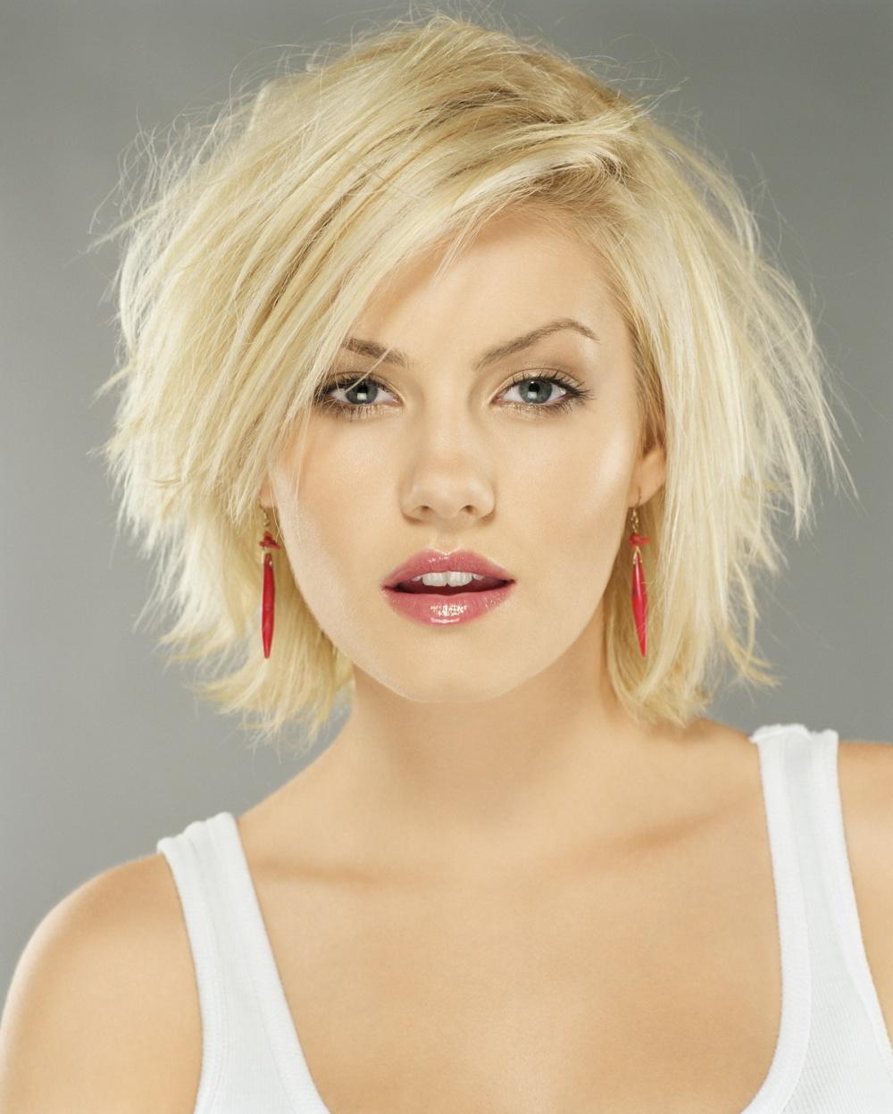 блондинки с короткими волосами фотографии со спины