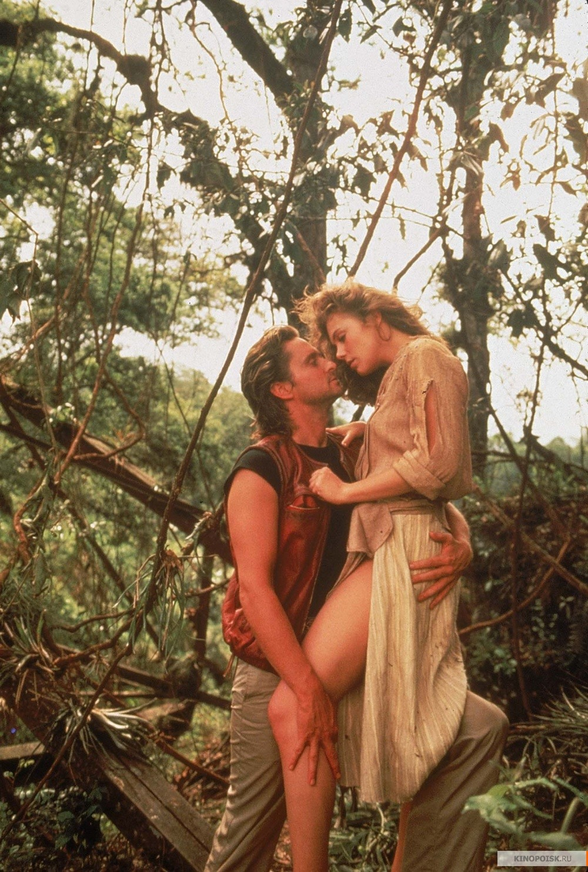 Роман с камнем (1984) смотреть онлайн бесплатно (1