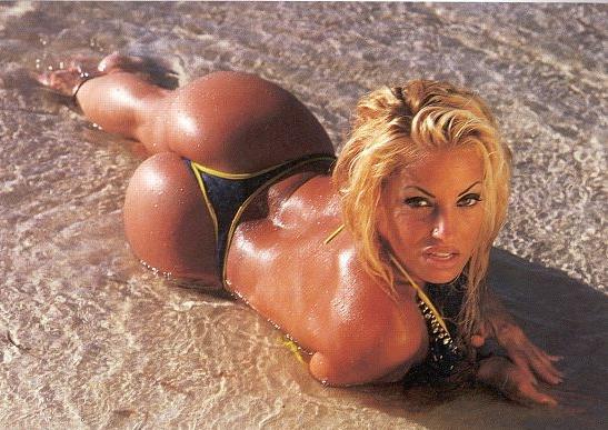 porno-aktrisa-dzhina