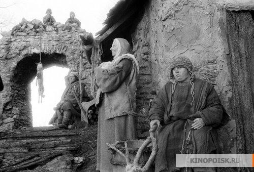http://st-im.kinopoisk.ru/im/kadr/1/8/2/kinopoisk.ru-Trudno-byt-Bogom-1821029.jpg