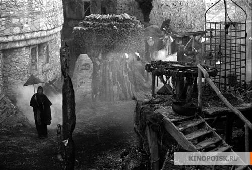 http://st-im.kinopoisk.ru/im/kadr/1/9/7/kinopoisk.ru-Trudno-byt-Bogom-1970917.jpg