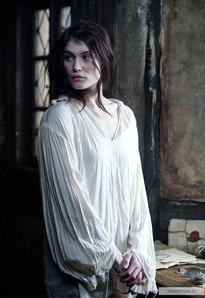 http://st-im.kinopoisk.ru/im/kadr/2/0/4/kinopoisk.ru-Hansel-_26_2338_3B-Gretel_3A-Witch-Hunters-2046902.jpg