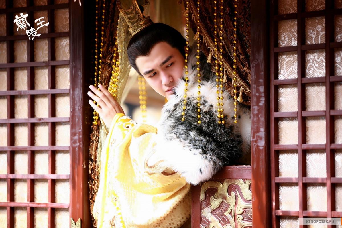 http://st-im.kinopoisk.ru/im/kadr/2/3/2/kinopoisk.ru-Lan-Ling-Wang-2327394.jpg