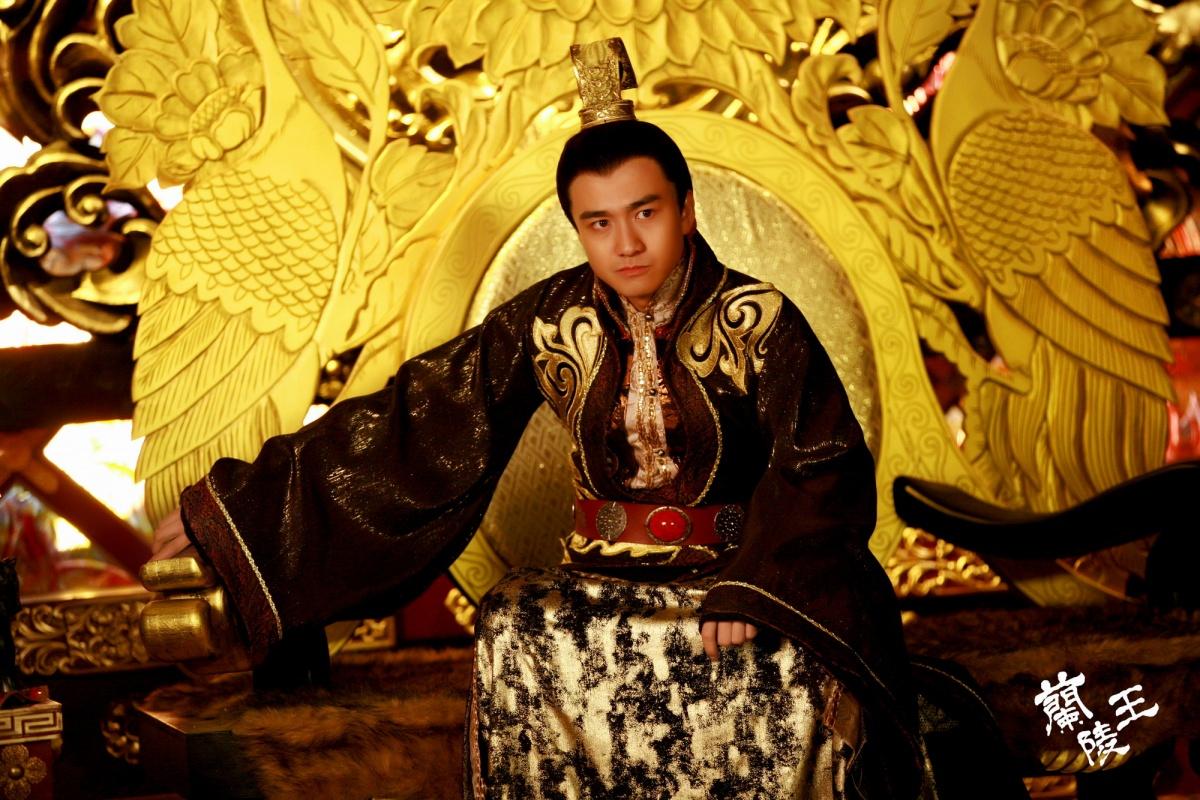http://st-im.kinopoisk.ru/im/kadr/2/3/3/kinopoisk.ru-Lan-Ling-Wang-2338943.jpg