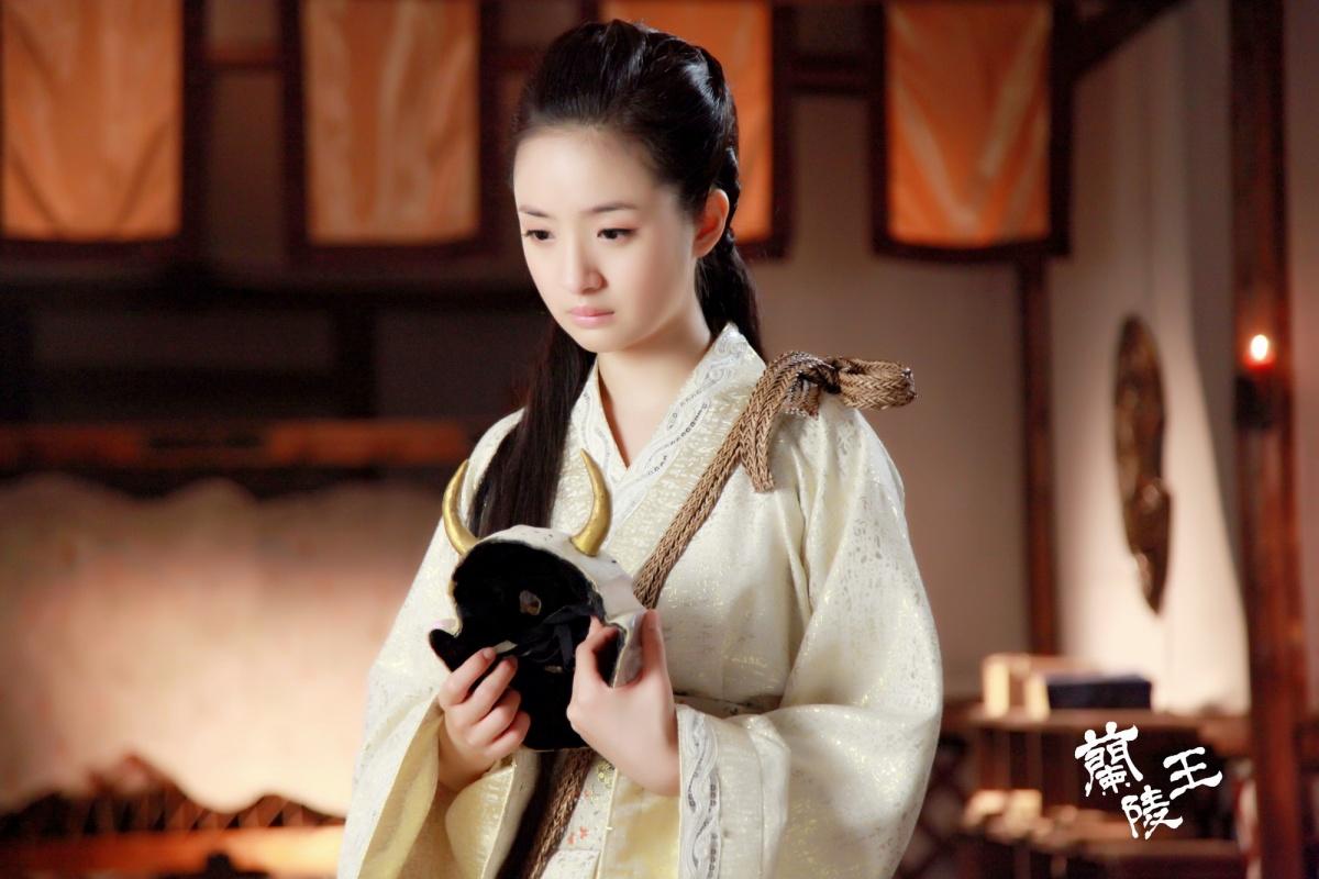 http://st-im.kinopoisk.ru/im/kadr/2/3/3/kinopoisk.ru-Lan-Ling-Wang-2339141.jpg