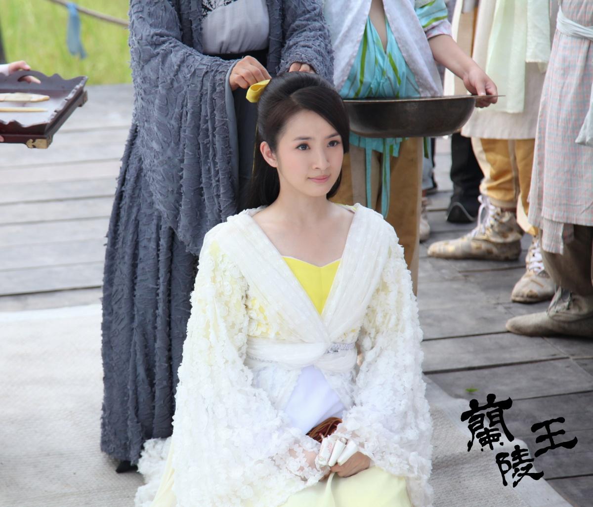 http://st-im.kinopoisk.ru/im/kadr/2/3/4/kinopoisk.ru-Lan-Ling-Wang-2340921.jpg