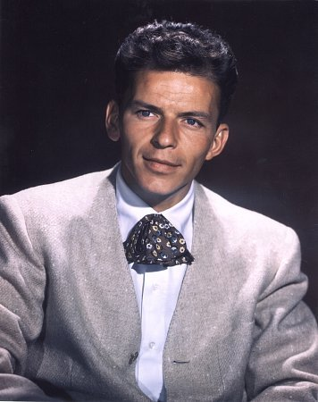 http://st-im.kinopoisk.ru/im/kadr/4/3/9/kinopoisk.ru-Frank-Sinatra-439987.jpg